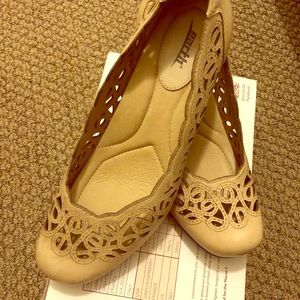 Earth women's shoes